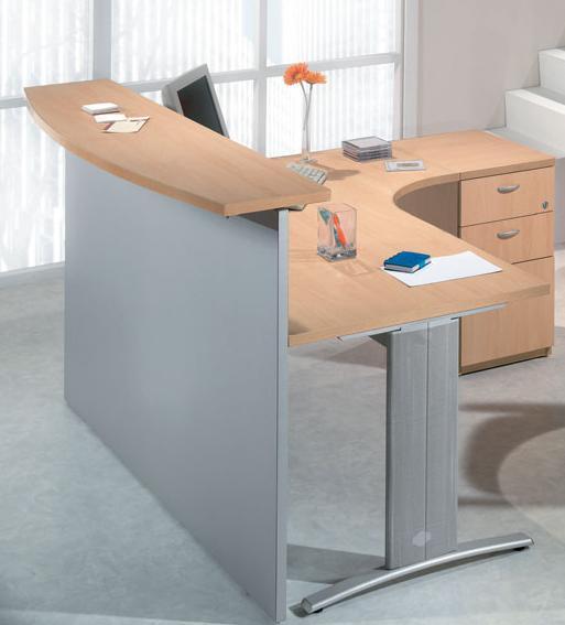 Mostrador / Recepci�n - -Mostrador para recepciones de 180cm de ancho x 40 cm de profundidad x 109cm de alto -Mesa curva de 180cm de largo x