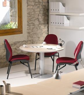 mesa de reunión redonda patola de metal - Mesa de reunión redonda. Estructura de melamina con canto de PVC de 2 mm de grosor. Cantos redondeados. Patolas de metal. Medidas: 100 cm