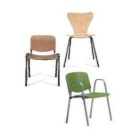 Silla  - Serie de colectividades fabricada en madera de haya barnizada. Estructuras metálicas con distinto grosor de tubo, modelos apilables.