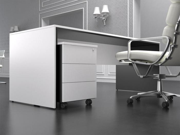 Mobiliario de diseño (detalle de mesa y cajonera )  En esta foto
