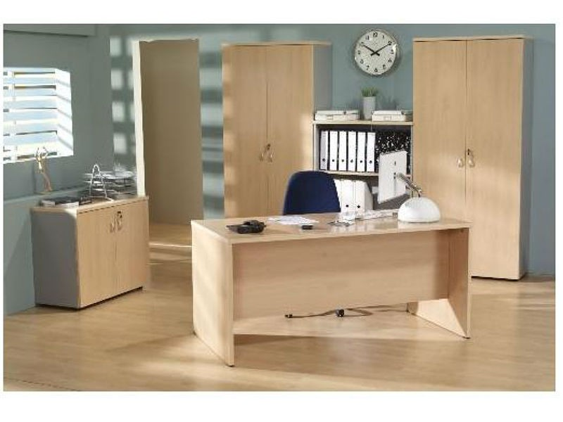 Mesa de oficina basic 140*80*74 cm. - Mesa de oficina l�nea basic -140 cm. de larga x 80 cm. de fondo x 74 de altura -canteada en pvc anti-golpes
