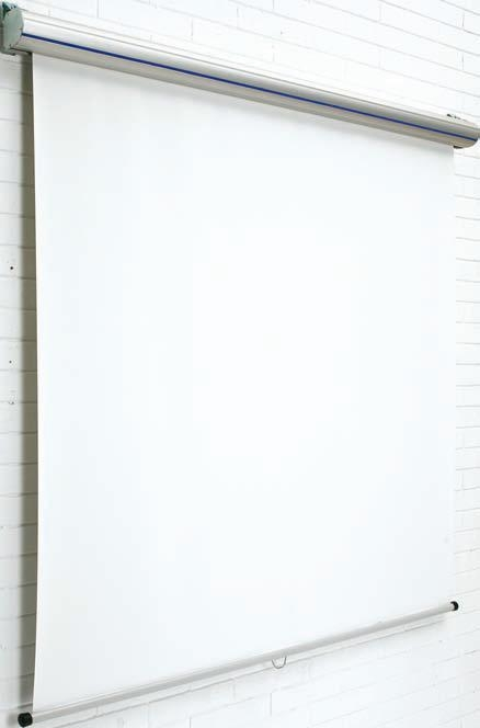 """Pantalla mural """"Top"""" - Pantallas murales """"Top"""" Pantalla mural de proyección, adaptable a techo y pared. La carcasa está fabricada en aluminio color plata mate de gran diseño y la tela es especial antirreflectante. Tela desenrollable a la medida deseada y enrollado automático. Ganancia: 1,3. Tela M1"""