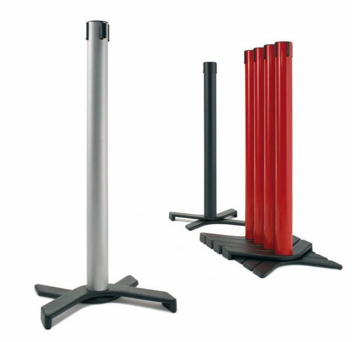 Poste separador cinta extensible y apilable muebles de for Separadores de oficina