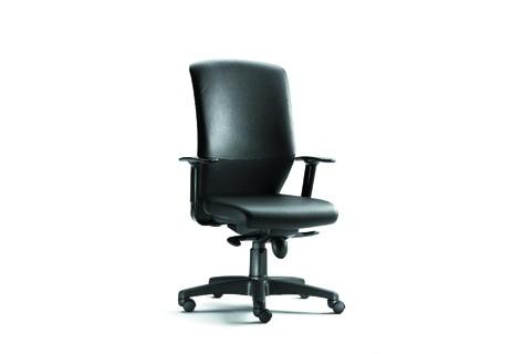 Sillón de oficina - Sillón de oficina - Asiento tapizado - Respaldo dos tamaños , opción cabezal, opciones : -Tapizado - Polipropileno - Polipropileno + tapizado - Gomaespuma inyectada. - Mecanismo sincron. - Base polipropileno negro (aluminio pulido opcional) - Ruedas blandas diámetro de 60 mm. - Opción de brazos regulables en altura o fijos.
