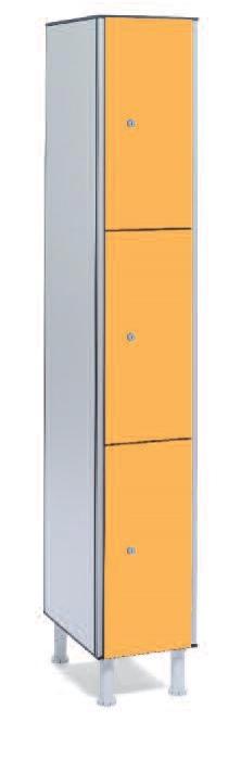 Taquilla fenólica 3 puertas - Taquilla fenólica con perfil de aluminio. Formada a base de láminas de celulosa homogeneizada con resinas fenólicas y compactadas. Núcleo interior negro. Patas de PVC con niveladores. Perfil resistente a la oxidación. Herrajes y tornillería de acero inox. Expesor puerta de 10 y 12 mm.