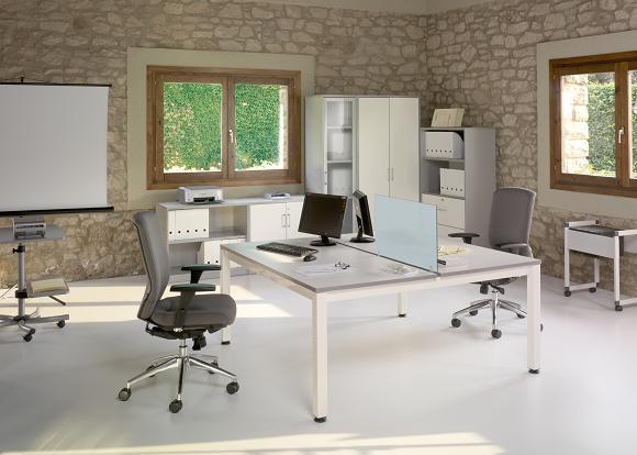 Muebles de oficina en madrid sillas de oficina en madrid for Muebles oficina cristal
