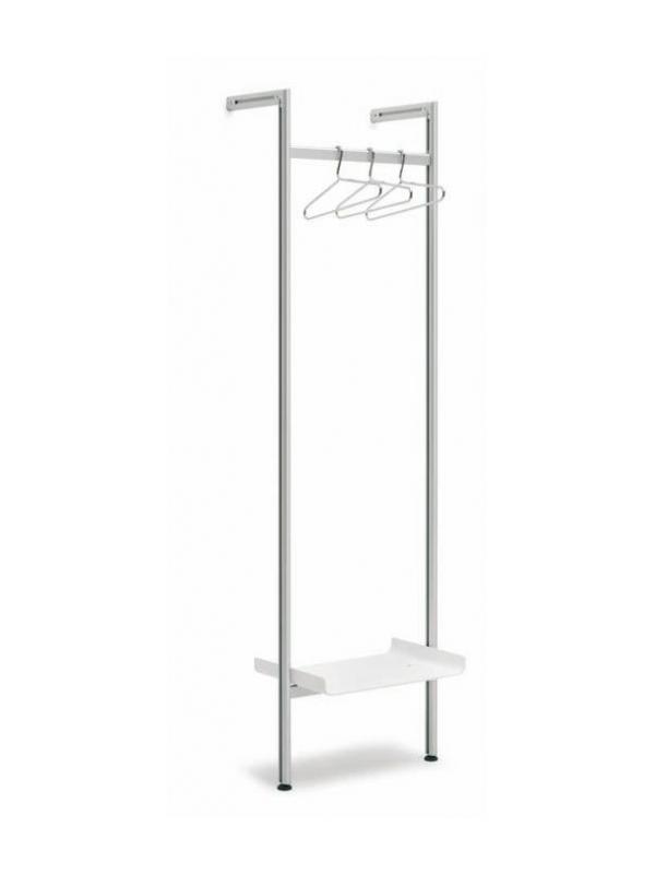 """Perchero mural de aluminio - Perchero mural de aluminio """"TEN"""" Perchero mural fabricado con perfil de aluminio plata mate """"TEN"""". Se fija a la pared mediante los brazos separadores y se apoya al suelo. Disponible kit de ampliación ref. TS/PER/MX."""