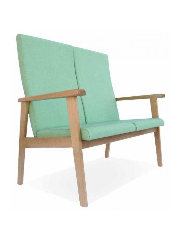 Sofá de geriátrico - Sofá de geriátrico Disponible en versiones de dos y tres plazas. La versión de tres plazas está reforzada con una tercera pata. Respaldos y asientos individuales por plaza.