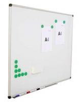 Pizarra pared - Pizarra de pared lacada con marco de aluminio. Incluye bandeja de aluminio y rotulador negro. Viene montada.