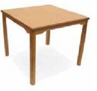 Mesa cuadrada geri�trico - Mesa geri�trico. Mesa con estructura en madera de haya y hueco  de 75 cm hasta el marco. Permite el acceso con sillas, sillones y sillas de ruedas.  Esquinas redondeadas en las encimeras para evitar golpes.