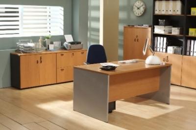 Mesa de oficina basic 120*80*74 cm.
