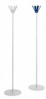 """Perchero de pié. - Perchero de pié """"Stl"""" Perchero """"Stl"""" fabricado con estructura metálica desmontable, base metálica pintada en color gris y en la parte superior tiene 4 perchas verticales fijas. Disponible en color gris y azul y bajo demanda los colores rojo y verde."""