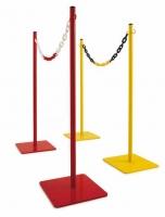 Poste metálico para exterior. - Postes metálicos para exterior. Poste separador de hierro lacado, resistente y de gran estabilidad, ideal para separaciones de áreas públicas y privadas en el exterior. Disponible en 2 colores: Rojo y amarillo. Cadena de plástico de doble color (rojo/blanco y amarillo/negro).