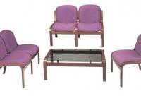 Sala de espera - Sala de espera -Módulo para salas de espera/recepciones. - Posibilidad 1 ó dos plazas. - Respaldo y asiento tapizado. - Estructura 4 patas en madera barnizada.  Se vende por separado
