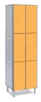 Taquilla fenólica 6 puertas - Taquilla fenólica con perfil de aluminio. Formada a base de láminas de celulosa homogeneizada con resinas fenólicas y compactadas. Núcleo interior negro. Patas de PVC con niveladores. Expesor puerta de 10 y 12 mm.  Perfil resistente a la oxidación. Herrajes y tornillería de acero inox.