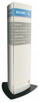 Totems perfil curvo - Totems perfil curvo Totems verticales doble o triple cara de perfil curvo. Están fabricados con perfil de aluminio anodizado en color plata mate. El soporte permite la incorporación del documento mediante una ventosa especial para levantar el plástico transparente que lo protege.