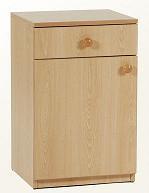 MESILLA DE MADERA - MESILLA  Realizada en melamina color haya 19 mm. cantos vistos en PVC, pomos en madera maciza.