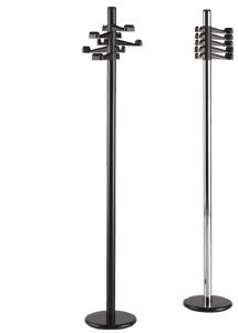 Perchero de pie - Perchero de pie fabricado en tubo de acero pintado en epoxy (tubo de Ø 50 mm.). 5 colgadores ABS negros. Peana con contrapeso de fundición.