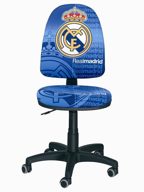 Silla oficial del Real Madrid C.F. - Silla oficial del Real Madrid Con certificado de autenticidad Respaldo alto ajustable en altura y profundidad Elevaci�n a gas ajustable en altura Radio de 5 ruedas Espuma de alta densidad Plazo de entrega : 15 d�as en domicilio