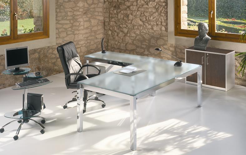 Mesa de oficina con ala auxiliar sobremesa de cristal y for Muebles oficina cristal