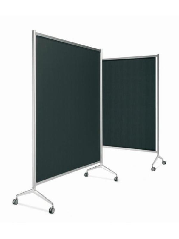 """Biombo - Mampara modular """"Screen"""" Mampara modular """"Screen"""" fabricada con perfil de aluminio """"Ten"""" y pies de fundición del sistema """"Y2"""". Su sistema de unión abisagrable, permite abrir y cerrar con la apertura de grados necesaria. Disponible con screen (téxtil) negro, gris y personalizable."""