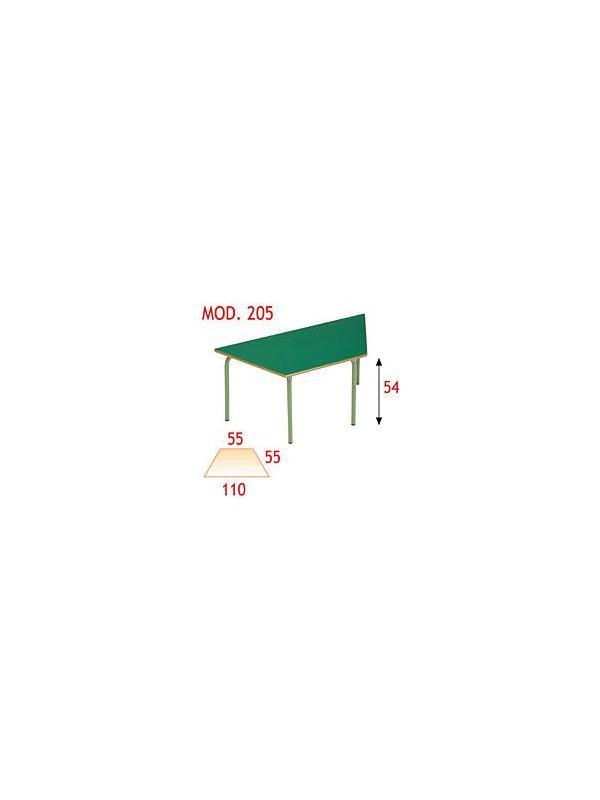 Mesa trapecio infantil - Estructura de tubo de acero 30x1,2 cromada o pintada con Epoxy-poliéster verde Ral 6011. Tapa en DM laminado con cantos redondeados barnizados con poliuretano.
