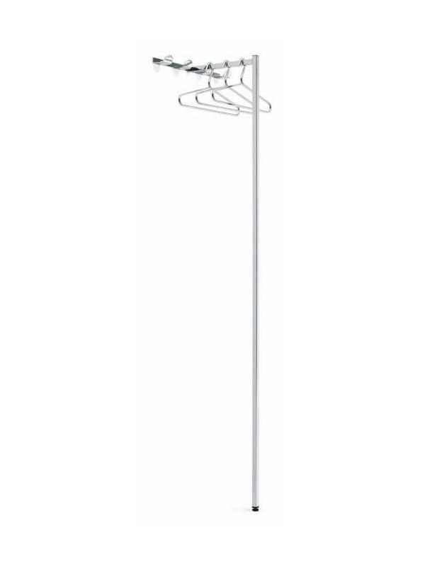 Perchero T - Perchero T de pié / mural  Perchero mural  apoyado al suelo, fabricado en tubo cuadrado acabado inox pulido brillante. En la parte superior dispone de 4 colgadores y en el tubo horizontal pueden colgarse perchas. Versión mural con 3 colgadores.