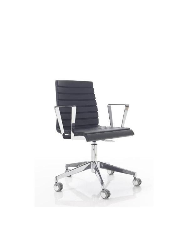 Silla de oficina - Silla de oficina Base de Aluminio.  Ruedas de goma. Brazos opcionales.