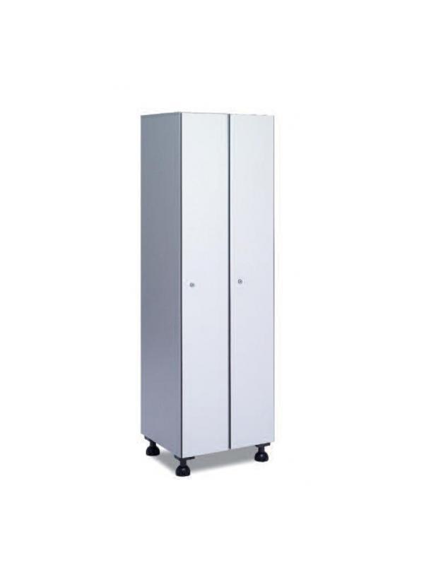 Taquilla hidrófuga puertas fenólicas - Taquilla de melanina hidrófuga y puertas fenólicas. Formada a base de láminas de celulosa homogeneizada con resinas fenólicas y compactadas. Núcleo interior negro. Patas de PVC con niveladores. Perfil resistente a la oxidación. Herrajes y tornillería de acero inox. Cuerpo color aluminio, puerta en amplia gama de colores. Expesor puerta de 10 y 12 mm.