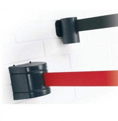 Cinta extensible a pared retráctil - Cinta extensible retráctil mural o a pared. Elemento mural de cinta extensible retráctil, permite de manera rápida y segura aislar provisionalmente áreas o zonas de paso, y cerrar puertas o zonas determinadas. Disponible en  dos longitudes 2,3 m, 3,7 m.