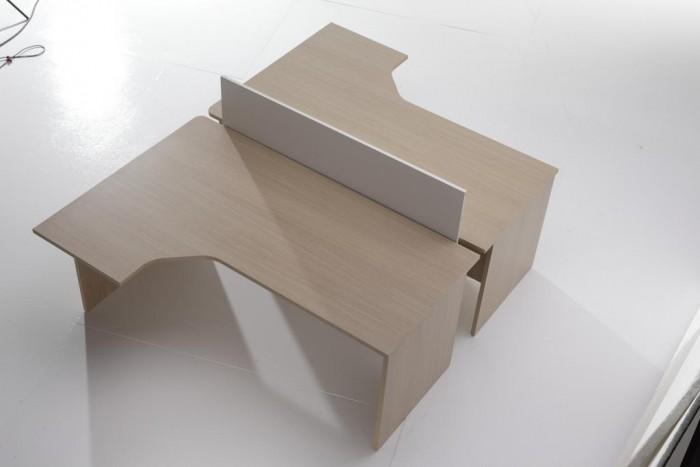 Mesa de oficina compacta 180*120*(80*60)*74 - Mesa de oficina forma compacta (ala auxiliar y mesa en un solo tablero) de 180 cm. de largo x 80/120 cm de ancho x 74 cm de alto. (pvp por ud.)
