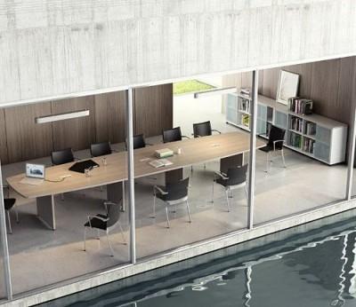 Mesa de reuniones grande. - Aquí tienes nuestra mesa de reuniones grande para la serie CR.  La podemos fabricar todo lo larga que quieras y en los colores estándar de esta serie de mobiliario. Consultanos ¡¡