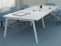 Mesa de reunión patas metálicas - Mesa de reunión de una sola tapa fabricada en melamina. Diseño actual, ligera y resistente. Su estructura metálica incluye largueros estabilizadores. Se puede añadir una caja de electrificación. Varias medidas y colores.