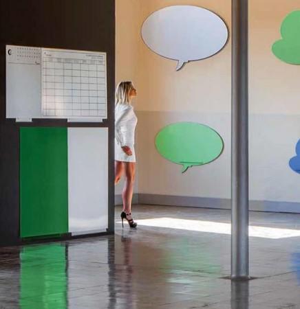 Pizarra mural lacada formas - Pizarras lacadas con diferentes formas y tamaños.  Pizarras murales magnéticas lacadas, para utilizar con rotuladores de borrado en seco y con aplicaciones magnéticas. Diferentes colores a elegir para el lacado (azul, verde, rosa o blanco). También las tenemos en corcho natural.