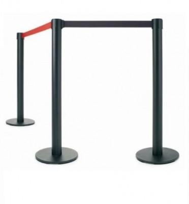 """Poste separador extensibles - - Juego de 2 postes metálicos """"eco"""" cinta extensible Caja de 2 postes separadores metálicos de 95 cm de alto, para separaciones de áreas y guiado peatonal. Poste de color negro y cinta retráctil de 2 m. disponible en rojo y negro."""