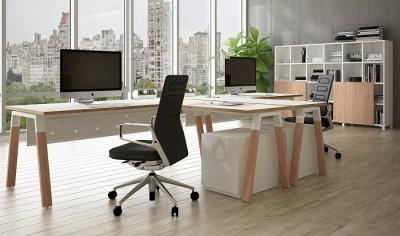Puestos de trabajo con mesa con ala, cajoneras y armario abierto. - Puestos de trabajo con mesa con ala, cajoneras y armario abierto.