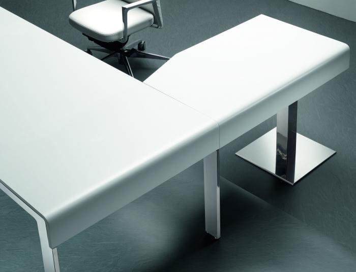 Mobiliario para despachos mobiofic for Mesa auxiliar oficina